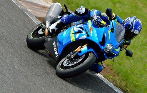 suzuki GSX R1000 A RL7 Action 14 R 500x316 - suzuki -