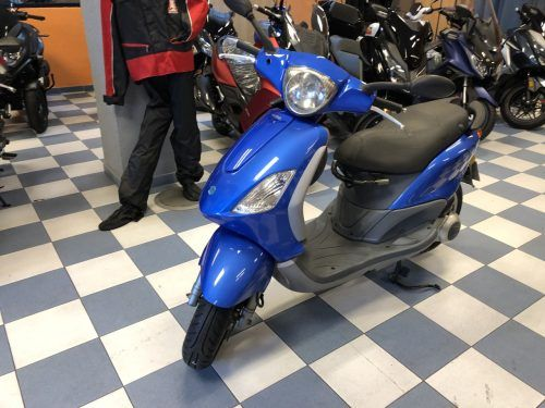 IMG 6602 500x375 - scooter-125 -