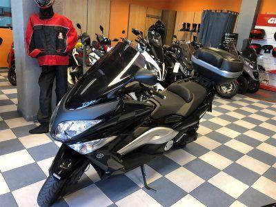 yamaha tmax 0001 IMG 0392.JPG 400x300 - scooter-mas-125 -