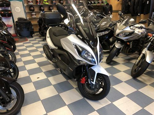 kymco xciting 400 1 500x375 - scooter-mas-125 -