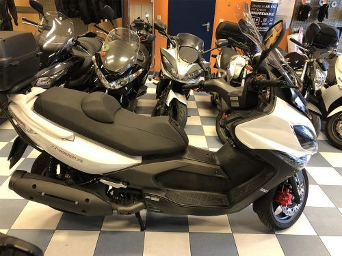 kymco xciting 400 6 500x375 - scooter-mas-125 -