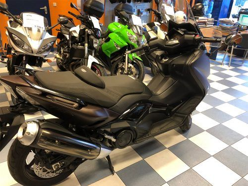 yamaha tmax 530 abs 10 500x375 - scooter-mas-125 -