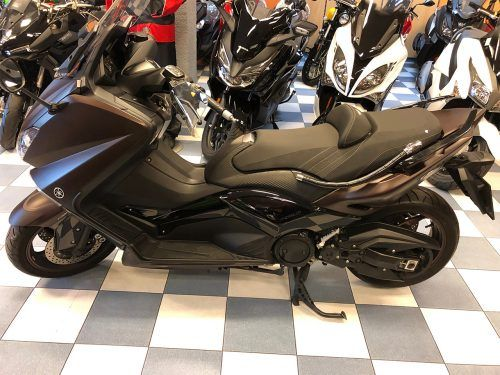 yamaha tmax 530 abs 6 500x375 - scooter-mas-125 -