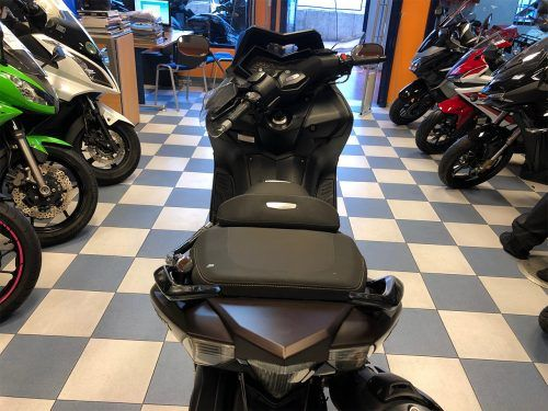 yamaha tmax 530 abs 8 500x375 - scooter-mas-125 -
