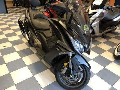 kymco ak550 1 1 400x300 - scooter-mas-125 -