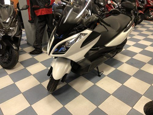 kymco super dink 125 3 500x375 - scooter-125 -