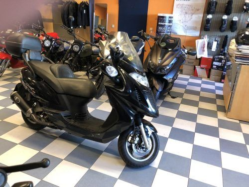 kymco grand dink 125 8 500x375 - scooter-125 -