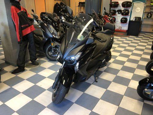 yamaha xmax 400 3 500x375 - scooter-mas-125 -