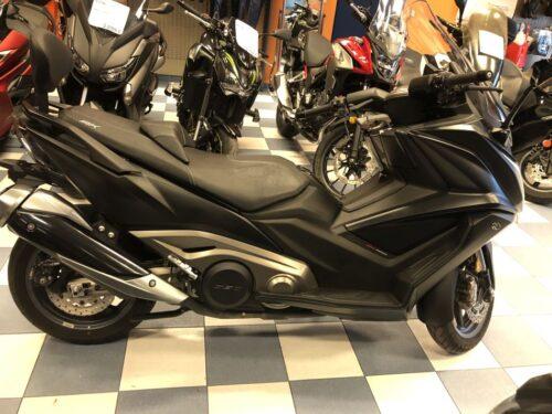 kymco ak 550 04 500x375 - scooter-mas-125 -