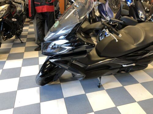 super dink 125 abs 05 500x375 - scooter-125 -