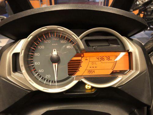 BMW C 650 GT 02 500x375 - scooter-mas-125 -