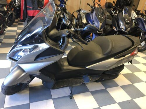super dink 125 abs 06 500x375 - scooter-125 -