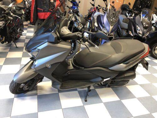 yamaha xmax 125 abs 06 500x375 - scooter-125 -