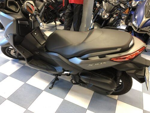 yamaha xmax 125 abs 08 500x375 - scooter-125 -