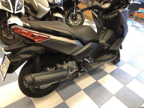 yamaha xmax 125 abs 10 500x375 - scooter-125 -