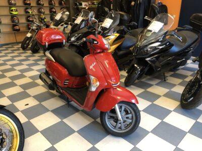 kymco like125 001 400x300 - scooter-125 -