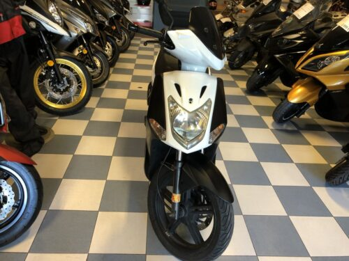 kymco agility 125 004 500x375 - scooter-125 -