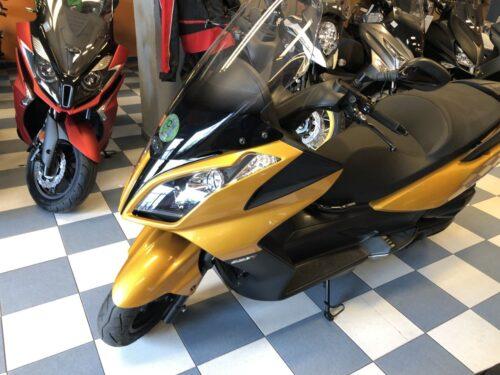 super dink 125 i04 500x375 - scooter-125 -