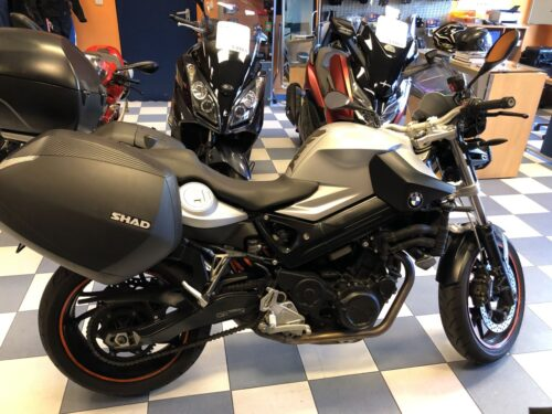 BMW F800R 04 500x375 - carretera -