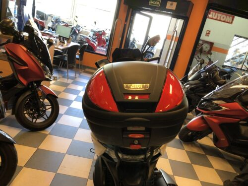 kymco xciting 400 07 500x375 - scooter-mas-125 -