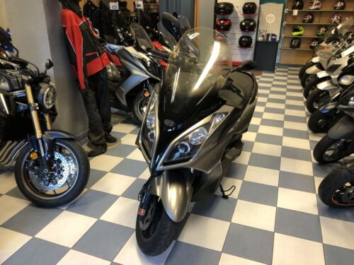 superdink 125i abs03 500x375 - scooter-125 -