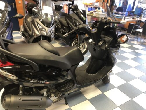 kymco Grand dink 125 08 500x375 - scooter-125 -