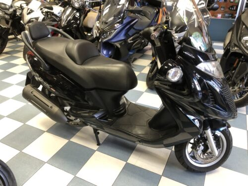 kymco Grand dink 125 10 500x375 - scooter-125 -