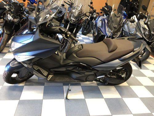 yamaha tmax 500 abs 05 500x375 - scooter-mas-125 -